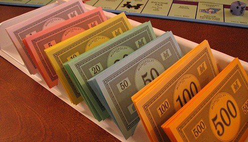 Billets de monopoly - Creative Common by graciepoo on Flickr